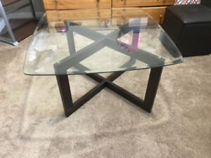 Glass Centre Table with 4 seat
