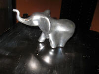 VINTAGE SIGNED HOSELTON ALUMINUM ELEPHANT SCULPTURE REDUCED $10.