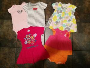 Lot vêtements bébé fille été 3-6 mois