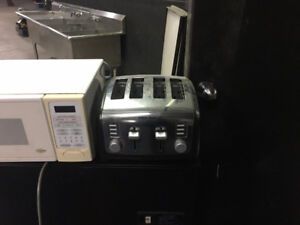 BLACK AND DECKER 4 SLICE TOASTER