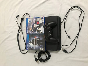 Brand new ps4 slim 500gb + NHL17 / Uncharted 4