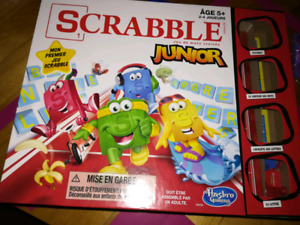 Jeu Scrabble Junior comme neuf