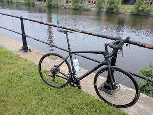 Bike carbon frame - Vélo cadre en carbone - Felt Z4 H-Disc 61cm