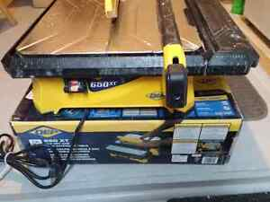 Qep 650 XT tile wet saw with extension table works great