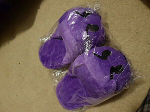 Super Cute, Really Comfy, Warm Slippers London Ontario image 1