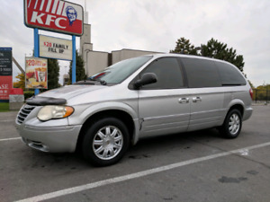 2006 Chrysler Town & Country 170km Certified $2900