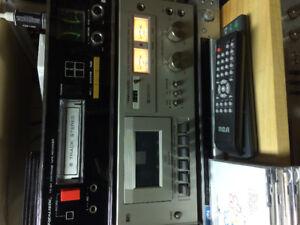 Vintage Realistic SCT 20 Cassette Deck.