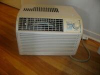 climatiseur de marque danby 5000 BTU a vendre 60$