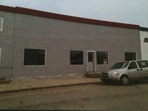 2,300 sqft Office/Commercial/Storage Space for Rent