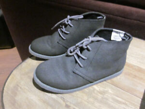 Boys Gymboree Shoes - Brand new condition!