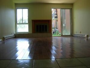 5 1/2 Condo style apartment for rent in Beaconsfield West Island Greater Montréal image 2