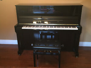 Kawai Upright Piano - Showroom Condition Kitchener / Waterloo Kitchener Area image 1
