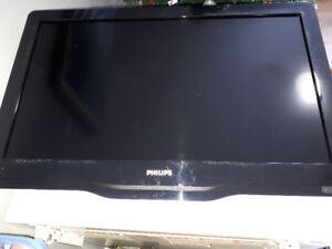 """32"""" Philips TV with wall mount"""