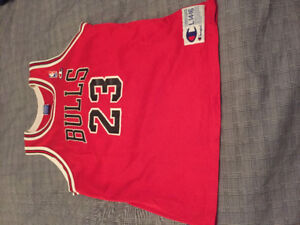 2e448aa27f3 Michael Jordan Chicago Bulls Jersey | Kijiji in Toronto (GTA). - Buy ...