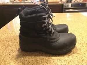 North Face Winter Boots - Size 5 Boys Peterborough Peterborough Area image 1