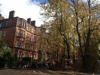 2 bedroom flat in Queensborough Gardens, Hyndland, Glasgow, G12 9RX