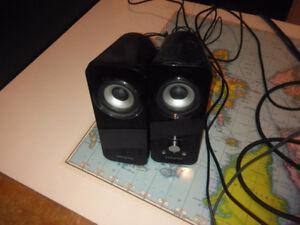 Creative Inspire T12 2.0 Multimedia Speaker System