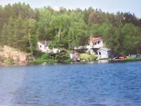 WATERFRONT COTTAGES ON CRESCENT LAKE