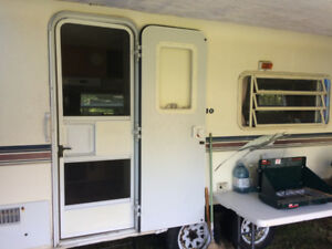 1999 25ft. Travel Trailer - For Sale or Trade for Larger Trailer