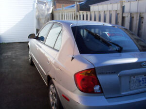 2005 Hyundai Accent Hatchback London Ontario image 3