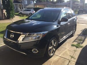 2014 Nissan Pathfinder SUV, Crossover like new condition