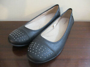 Nevada Black Flats Size 10 - Like New