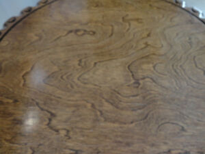 Beautiful Grained Vintage Brass Clawfoot Table w/Scalloped Edge Kitchener / Waterloo Kitchener Area image 7
