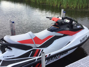 2013 Seadoo Wake 215. Only 33 hours !!