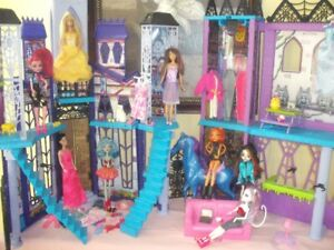 monster high doll house, dolls, clothing, accessories