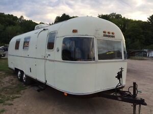 1974 Argosy 28 ' by Airstream