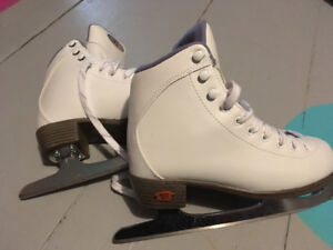 Riedell figure skates size 2