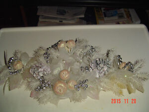 SELECTION OF 7 UNIQUE VINTAGE CHRISTMAS DECORATIONS & ACCENTS Windsor Region Ontario image 2