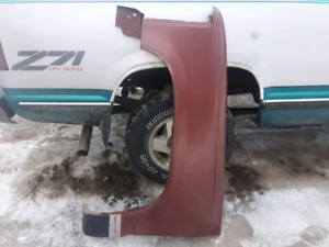L/H fender to fit 88 to 98 gm truck