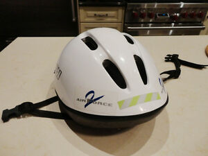 Specialized Sized Small Bike Helmet w/ added Visor accessory Kitchener / Waterloo Kitchener Area image 2