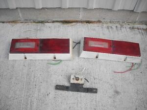 camper tail lights and license plate light
