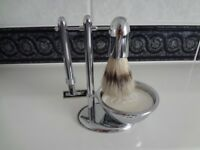 Luxury Wet Shaving Gift Set Kit - Double Bladed Safety Razor, Bowl, Soap and Stand