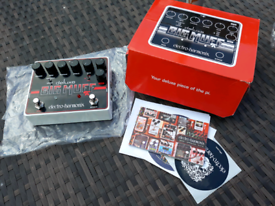 EHX Deluxe Big Muff Pi - boxed