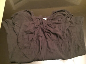 Huge bag of women's maternity clothes size L to XL West Island Greater Montréal image 5