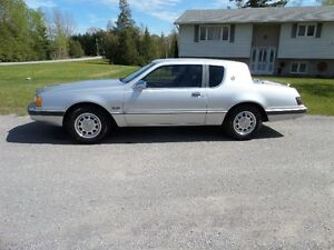 1986 MERCURY COUGAR 5.0L V8 ONLY 64,000 KM -SUPER CLEAN