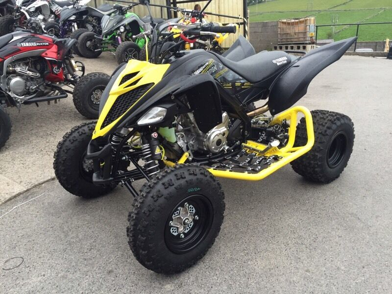 yamaha raptor 700 stealth edition 2016 like new 8200 no offers in forest town. Black Bedroom Furniture Sets. Home Design Ideas