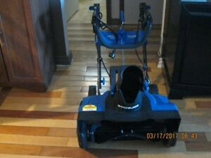 Electric SnowThrower