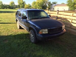 2002 GMC Jimmy - 269km - 4x4. NEED GONE FAST