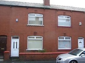 2 bedroom house in Wallace Street, Oldham, Greater Manchester, OL8