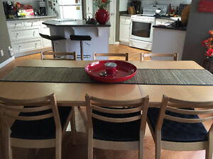 Kitchen Table and 6 chairs Strathcona County Edmonton Area image 1