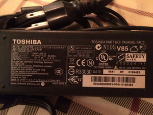 Toshiba ac power adapter