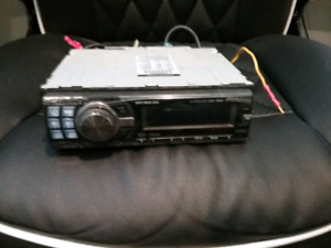 Alpine head unit radio/cd player/mp3