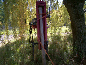 """HYDRAULIC POST POUNDER 10FT 6"""" West Island Greater Montréal image 1"""