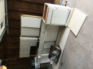 10 ft Kitchen Cupboards Uppers and Lowers
