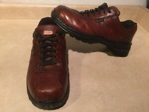 Men's Royer Steel Toe Work Shoes Size 12 3E London Ontario image 3