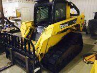 John Deere skid steer CT 332 / create a business REDUCED !